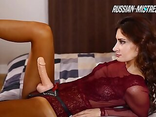 Maid spread her legs for licking nonstop